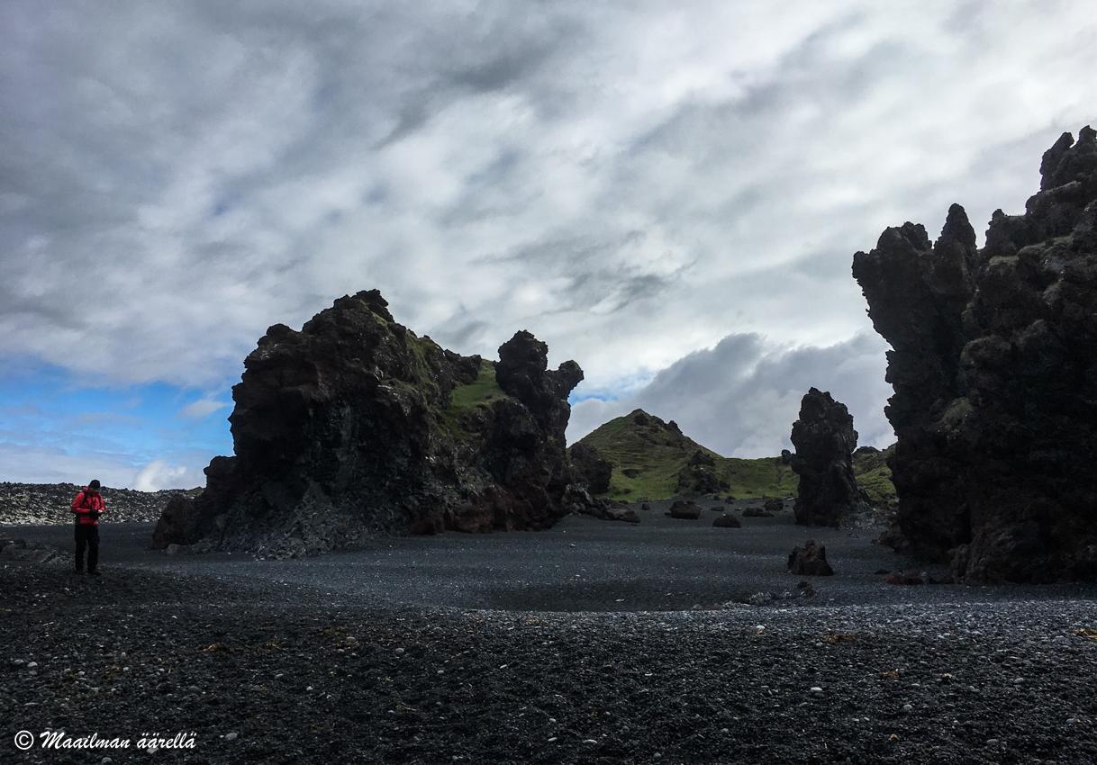 Islanti musta ranta