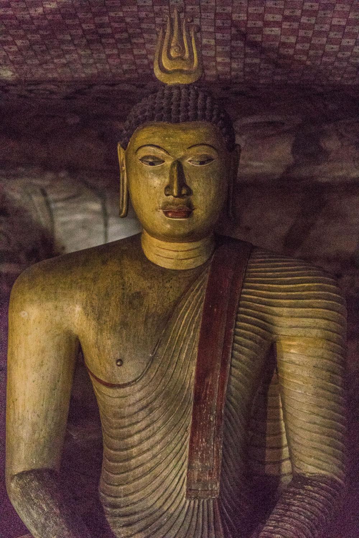 Sri Lanka luolatemppeli